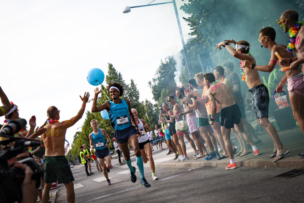 Moderne Copenhagen Half Marathon – Friday night shake out: Join the 'Who's BK-03